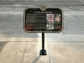 Club Bluenote historical plaque, 372 Yonge Street, 2018.